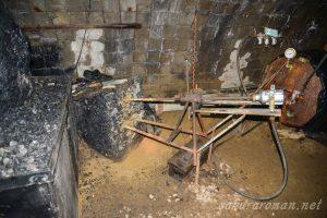 池島炭鉱エアー式穿孔機