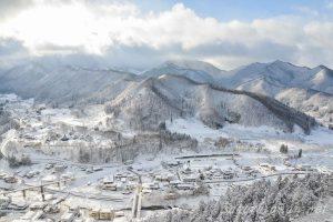 冬の山寺(立石寺)五大堂からの眺望