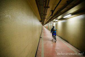 川崎港海底トンネル人道7